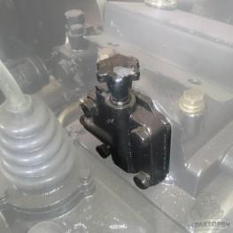 Клапан для гидробака с гильзой вместо блока масл. цилиндра Уралец